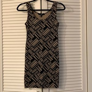 Forever 21 tan and black geometric bodycon dress